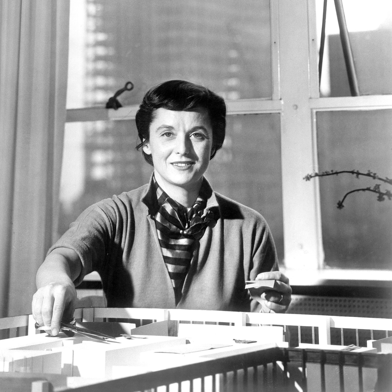 Florence Knoll As Pictured In Interiors Magazine July 1957 Inc