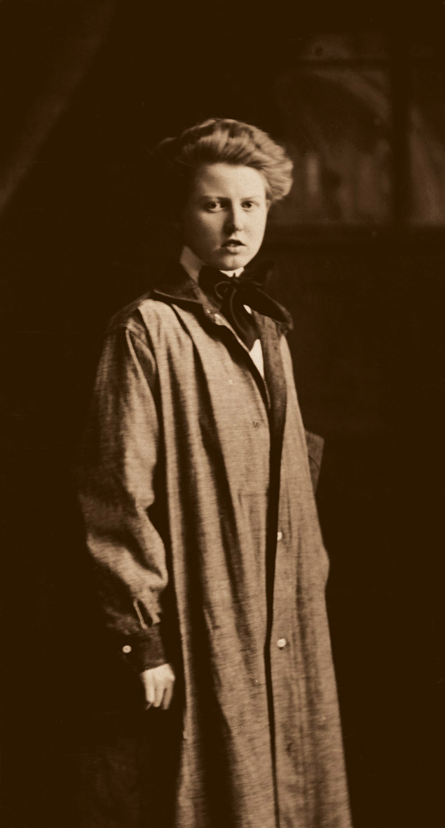 Portrait of Anna Keichline, circa 1918. Archives of Nancy J. Perkins