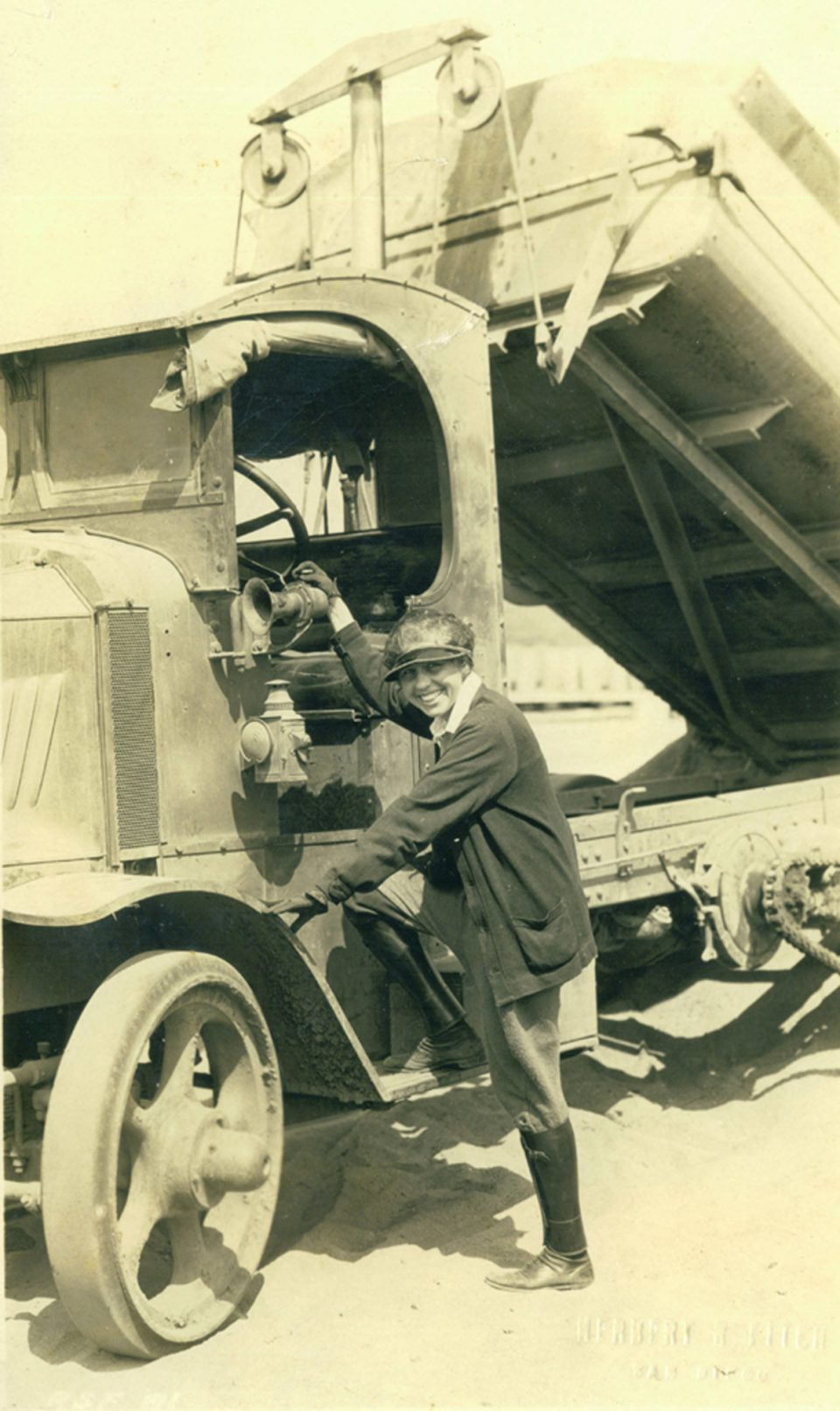 Lilian J. Rice as lead truck driver, thwarting a strike by hauling crews that threatened the beginnings of the Rancho Santa Fe project, 1923. Courtesy of Diane Welch