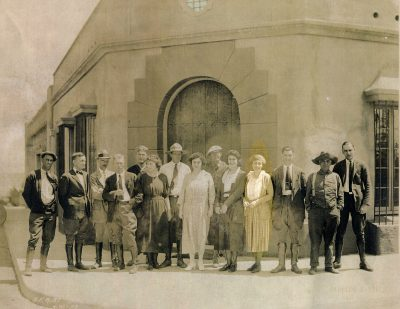 Lilian J. Rice (highlighted) with her team of workers in front of her office in the Santa Fe Land Improvement Co. Administration Block, Paseo Delicias, Civic Center, Rancho Santa Fe, Calif. Designed by Rice, 1922–23. Courtesy of Phoebe Marrall