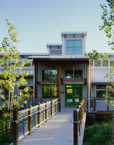 Susan Maxman & Partners, main entrance of Cusano Environmental Education Center, Philadelphia, 2001. SMP Architects © Barry Halkin