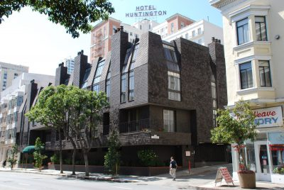 Beverly Willis & Associates, Vine Terrace Apartments (presently Nob Hill Court Condominiums), San Francisco, 1973. Photograph by Wanda Bubriski, 2011 © Wanda Bubriski