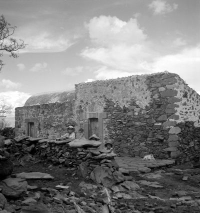 Stone House, Otomi Region, Hidalgo, Mexico. Photo by Sibyl Moholy-Nagy. Published in Native Genius of Anonymous Architecture, 1957, p. 127. Courtesy of UCSC collection. © Hattula Moholy-Nagy