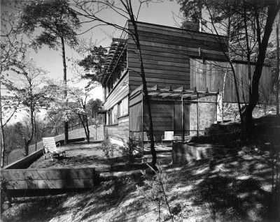 Alfred and Jane West Clauss, Clauss Residence II (Redwood House), Little Switzerland, Knoxville, Tenn., 1943. Progressive Architecture, February 1946