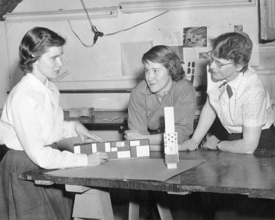 Jane West Clauss with students at Beaver College working on the design of the Presbyterian Hospital project, 1956. Arcadia College Archives
