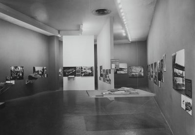 "Installation view of the exhibition ""Built in the U.S.A., 1932–44,"" held at the Museum of Modern Art, New York, May 24, 1944 through October 22, 1944. Photograph by Soichi Sunami. Photographic Archive, The Museum of Modern Art Archives, New York © The Museum of Modern Art Archives"