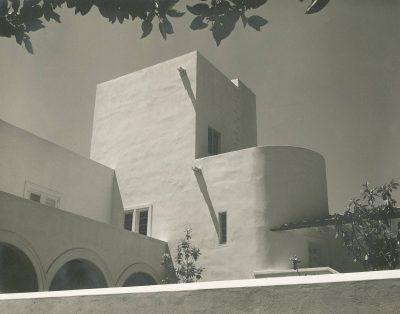 Lutah Maria Riggs, Baron von Romberg House, Montecito, Calif., 1937–38. Architecture and Design Collection, Art, Design & Architecture Museum, University of California, Santa Barbara