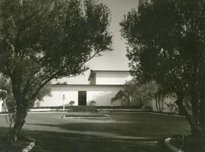 "Lutah Maria Riggs, Wright Ludington House, ""Hesperides,"" Montecito, Calif., 1957–59. Architecture and Design Collection, Art, Design & Architecture Museum, University of California, Santa Barbara"