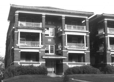 Nelle E. Peters, 4808–10 Oak Street Apartments, Kansas City, Mo., 1924. Photograph by Sherry Piland, circa 1986