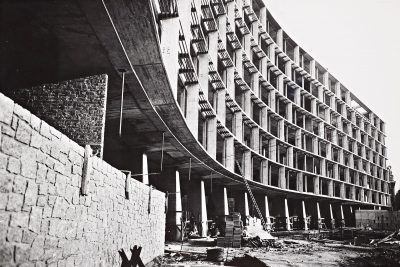 Marcel Breuer, Architect (Beverly Greene, draftsperson), UNESCO Headquarters, under construction at the Place de Frontenoy in Paris, 1957. Marcel Breuer Papers, Special Collections Research Center, Syracuse University Libraries