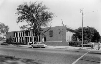 Marcel Breuer, Architect (Beverly Greene, draftsperson), Grosse Pointe Library, Grosse Pointe, Mich., 1953. Photographic Archives, Grosse Pointe Public Library